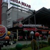 Photo taken at Mega Bekasi Hypermall by Tias R. on 12/30/2013