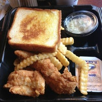 Photo taken at Zaxby's Chicken Fingers & Buffalo Wings by Ethan W. on 6/27/2013