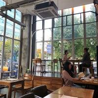 Photo taken at Cafe Eldia by Mook han K. on 10/13/2018