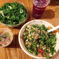 Photo prise au sweetgreen par Ksenia le9/30/2014