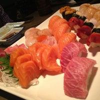 Photo taken at Oishii Too Sushi Bar by khonkaender k. on 5/24/2013