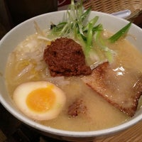 Photo taken at Totto Ramen by khonkaender k. on 5/27/2013