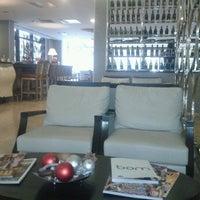 11/21/2012 tarihinde Umut D.ziyaretçi tarafından Niza Park Otel'de çekilen fotoğraf