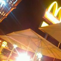 Photo taken at McDonald's by Fernando João D. on 7/30/2013