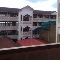 Photo taken at Sekolah Kebangsaan Taman Ria Sg. Petani by along 6. on 2/13/2013