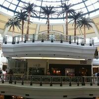 Foto tirada no(a) Shopping Iguatemi por Sheldon S. em 1/19/2013