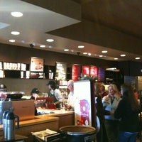 Photo taken at Starbucks by Kurmh on 11/24/2012