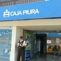 Photo prise au Caja Piura par Roberto N. le12/13/2012
