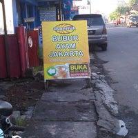 Photo taken at Bubur Ayam Syarifah Jakal by Fazlus S. on 2/16/2013