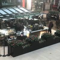 Das Foto wurde bei Starbucks von Abdulrahman H. am 3/19/2018 aufgenommen