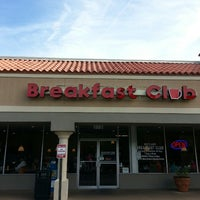 Photo taken at Maitland Breakfast Club by Leslie S. on 5/30/2014