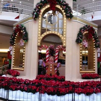 Photo taken at Orlando Fashion Square by Ana Q. on 11/17/2012
