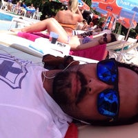 Photo taken at Pink Palace Hotel Pool by Ozan Y. on 8/13/2015