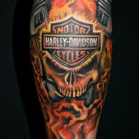 Photo taken at Led's Tattoo by Marcelo A. on 3/11/2013