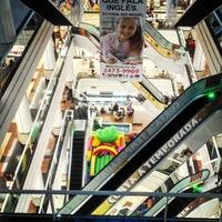 Foto tirada no(a) Via Brasil Shopping por Aslan B. em 3/16/2013