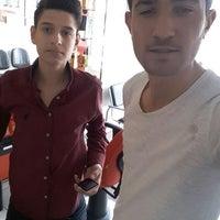 Photo taken at hakan bay güzellik salonu by Sefa H. on 4/10/2017