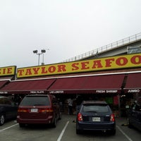 Photo taken at Jesse Taylor Seafood by Mike L. on 11/25/2012