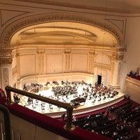 Foto scattata a Stern Auditorium / Perelman Stage at Carnegie Hall da Greg S. il 4/11/2018