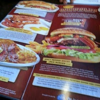 Photo taken at Denny's by Natz U. on 4/20/2013