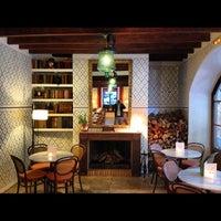 Das Foto wurde bei Cappuccino Valldemossa von Dmitry T. am 10/1/2012 aufgenommen