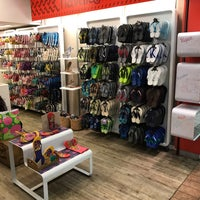 Photo taken at Havaianas by Nilo L. on 5/5/2017