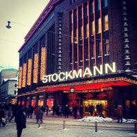 12/2/2012 tarihinde Natalia B.ziyaretçi tarafından Stockmann'de çekilen fotoğraf