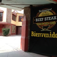 Photo taken at Beef Steak Texcoco by Jacobo R. on 5/12/2013