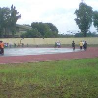 Photo taken at Lapangan atletik velodrome rawa mangun by Zahra H. on 2/17/2013