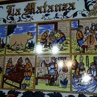 Foto tomada en Casa Museo del Jamón por Leticia A. el 11/24/2013