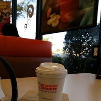 Photo taken at Dunkin Donuts / Baskin-Robbins by Juana E. on 3/14/2014