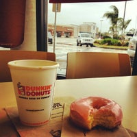 Photo taken at Dunkin Donuts / Baskin-Robbins by Juana E. on 3/16/2014