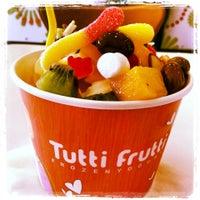 Photo taken at Tutti Frutti by Juana E. on 7/5/2013