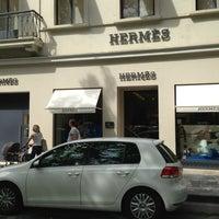 Photo prise au Hermes par Manuela🎀✌️ J. le8/17/2013