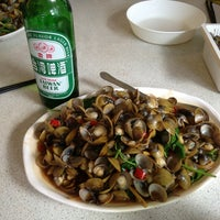 Photo taken at 五餅二魚 by Alex S. on 7/28/2013
