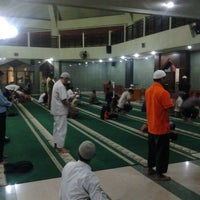 Photo taken at Masjid Al Furqan (Pusat Dewan Dakwah Indonesia) by Oyi K. on 3/13/2013