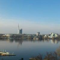 Das Foto wurde bei Le Méridien Hamburg von Theresa J. am 3/12/2013 aufgenommen