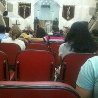 Photo taken at Igreja de Nova Vida de Alcântara by Edílson R. on 5/23/2013