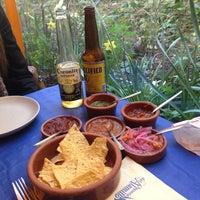 Foto tomada en Taquería del Alamillo por Nacho C. el 3/30/2013