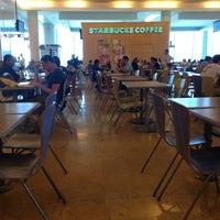 Photo taken at Starbucks by Eduardo G. on 3/21/2013