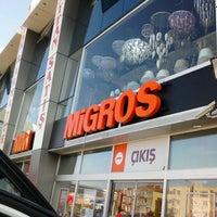 Foto diambil di Migros oleh Fatih A. pada 5/24/2014