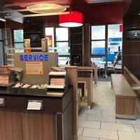 Photo taken at Burger King by Hayrullah G. on 4/4/2017