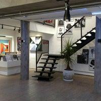 Foto tirada no(a) Urban Arts Flagship por Robson V. em 5/21/2016