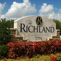 Photo taken at The Richland Apartment Homes by The Richland Apartment Homes on 4/9/2014
