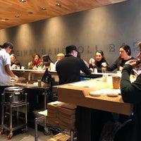 Foto tirada no(a) KazuNori: The Original Hand Roll Bar por Mou Zai H. em 3/6/2018