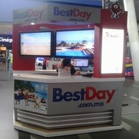 Photo taken at BestDay by BestDay Viajes on 4/10/2014