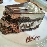 Photo taken at McCafé by Erdwing N. on 3/17/2014