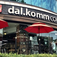 Photo taken at dal.komm coffee by Young Jun K.🎗 on 9/5/2016