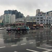 Photo taken at 디지털단지입구교차로 by Young Jun K.🎗 on 5/10/2016