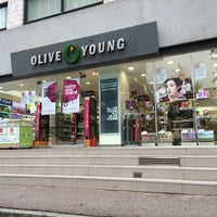 Photo taken at OLIVE YOUNG by Young Jun K. 🍂 on 8/5/2014