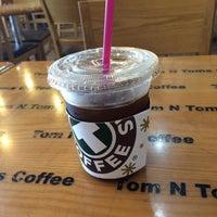 6/8/2015에 Young Jun K.🎗님이 TOM N TOMS COFFEE에서 찍은 사진